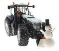Siku 3220 - Weihnachtstraktor mit Schneemann vorne rechts